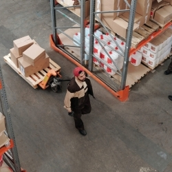 Challenges and trends in the logistics services industry